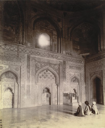 Interior of chamber beneath the great dome of the Jami Masjid, showing principal mihrabs and minbar, Fatehpur Sikri 1003587